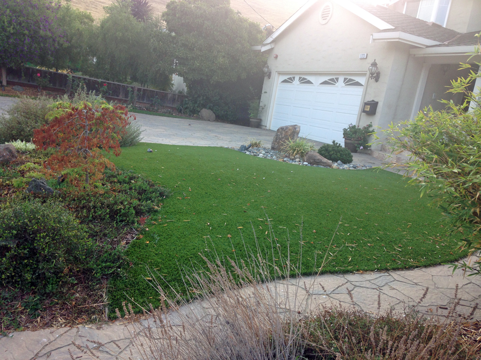 Artificial Turf Burton Ohio Roof Top Front Yard Design
