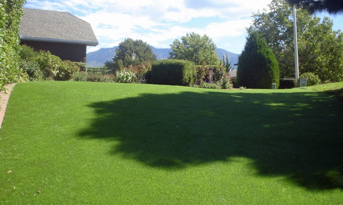 Synthetic Grass for Landscape Lawns Ohio